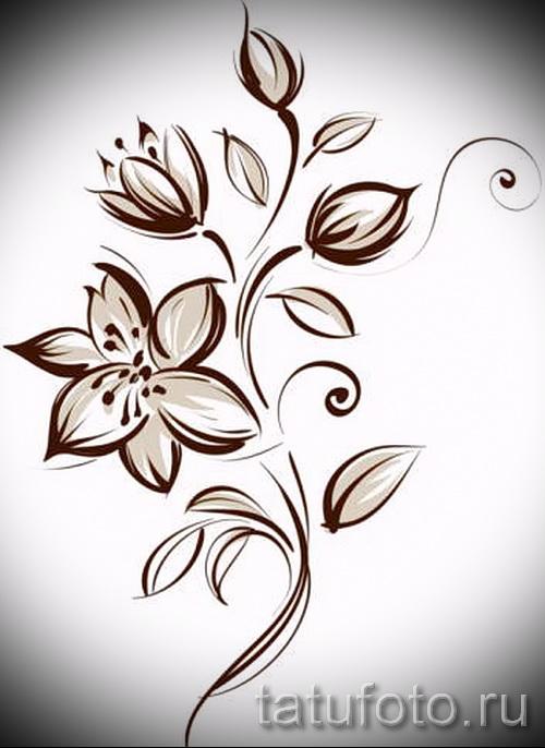 Значение тату цветов у девушки