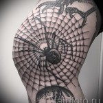 spiderweb tattoo on his knee 5