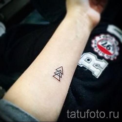 Красивые маленькие татуировки для девушек и мужчин 95