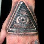 тату глаз в треугольнике на руке - фото готовой татуировки от 13052016 1