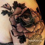 тату глаз в треугольнике с розами - фото готовой татуировки от 13052016 10