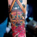тату глаз в треугольнике с розами - фото готовой татуировки от 13052016 5