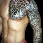 тату доспехи на плече фото - пример готовой татуировки от 16052016 16