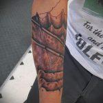 тату доспехи на предплечье - пример готовой татуировки от 16052016 2