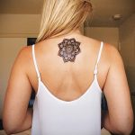 тату мандала на спине - фото пример готовой татуировки от 01052016 10