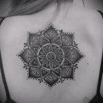 тату мандала на спине - фото пример готовой татуировки от 01052016 33