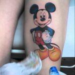 тату микки маус на ноге - готовая татуировка от 16052016 12