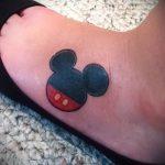 тату микки маус на ноге - готовая татуировка от 16052016 8
