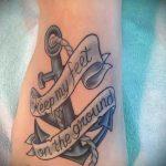 тату надпись на ступне - фото пример готовой татуировки от 23.05.2016 18