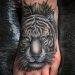 тату на ступне тигр - фото пример готовой татуировки от 23.05.2016 3