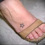 Star tattoo on the foot 5
