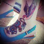 Tatouage à pied - par exemple Photo du tatouage fini sur 1