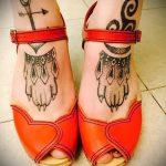 Tattoos on the feet wolf paw 1