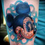 tatouage Mickey Mouse sur son poignet - tatouage fini sur 16052016 1