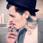 tatouages pour les gars sur le cou - un exemple de photo 1