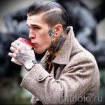 tatouages pour les gars sur le cou - un exemple de photo 2