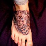 tiger tattoo on foot 1