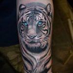 tiger tattoo on foot 2