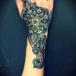 женские тату кружева - фото пример готовой татуировки 1