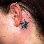 тату звезда за ухом - фотографии вариантов готовых татуировок 4
