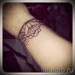 тату кружева на запястье - фото пример готовой татуировки 8