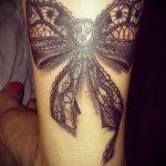 тату кружевной бант - фото пример готовой татуировки 11