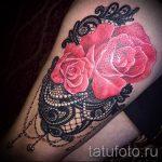 тату кружево на бедре - фото пример готовой татуировки 5