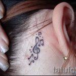 тату ноты за ухом - фотографии вариантов готовых татуировок 5