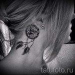 тату перо за ухом - фотографии вариантов готовых татуировок 9