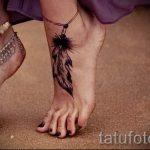 тату перо на лодыжке - классные фото готовой татуировки 6