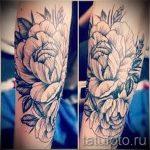 тату пионы на лодыжке - классные фото готовой татуировки 5