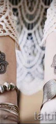 тату хамса – фото пример для статьи про значение татуировки 18