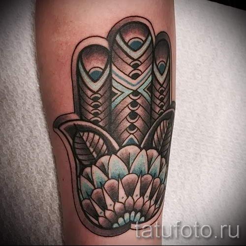 тату хамса - фото пример для статьи про значение татуировки 22