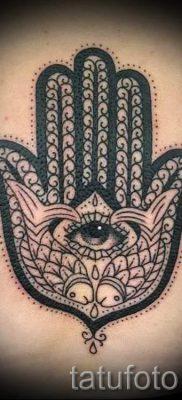 тату хамса – фото пример для статьи про значение татуировки 24
