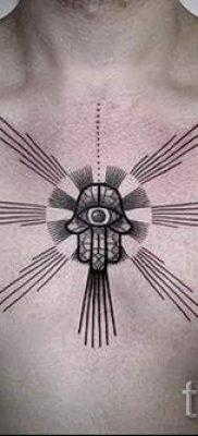 тату хамса – фото пример для статьи про значение татуировки 38