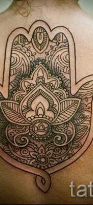 тату хамса – фото пример для статьи про значение татуировки 44