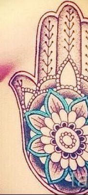 тату хамса – фото пример для статьи про значение татуировки 58