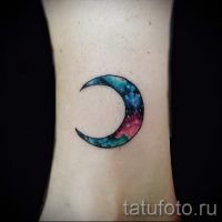 Значение тату месяц