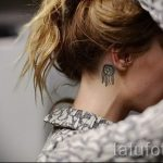 Dreamcatcher tattoo behind the ear - photos of finished tattoos options 2