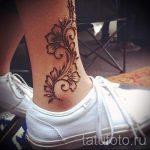 Henna-Tattoo auf ihrem Knöchel Foto - cool Foto des fertigen Tätowierung 1