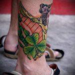 Tätowierung auf ihrem Knöchel Männer - cool Foto des fertigen Tätowierung 1
