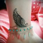 Tattoo on ankle women - cool photo of the finished tattoo 2