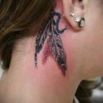 Traumfänger Tattoo hinter dem Ohr - Fotos von fertigen Tätowierungen Optionen 1