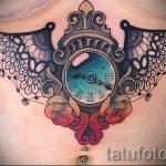 dentelle tatouage sous les seins - Photo exemple du tatouage fini 1