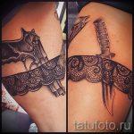 dentelle tatouage sur la hanche - exemple photo du tatouage fini 1