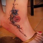 flowers tattoo on her ankle 1