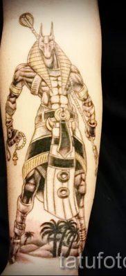 анубис тату на предплечье – фото татуировки для статьи про значение 1