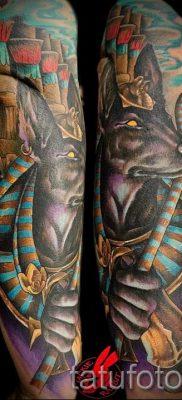 тату анубис на руке – фото татуировки для статьи про значение 1