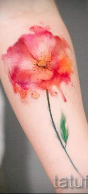 тату мак на запястье – фото для статьи про значение татуировки 2