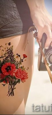 тату мак на ноге – фото для статьи про значение татуировки 5